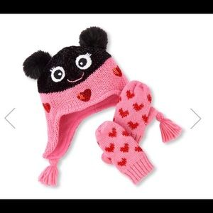 06382d7144a3 Toddler Girls Lady Bug Hat And Mittens Set